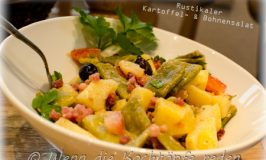 Rustikaler Kartoffel- & Bohnensalat mit gegrilltem Speck