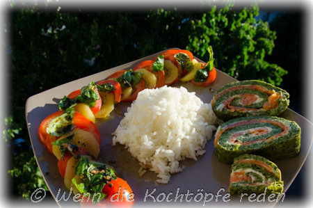 Spinat-Lachs-Rolle-und-tomaten-kiwi-salat
