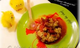 crumble-rhabarber-erdbeeren-fruehling