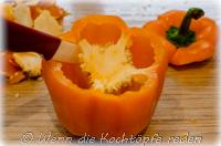 halloween-paprika-spaghetti-jack-o-lantern