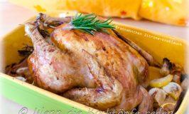Sonntags Hähnchen mit Zitrone und knoblauch